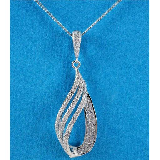 Tripple Teardrop Necklace